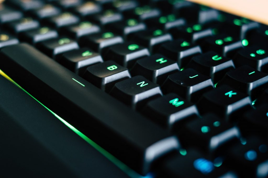 Fantastic looking keyboard with QWERTY layout